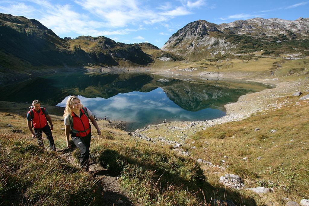 Wandern auf dem Lechweg am Arlberg